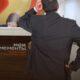 Должник осмысливает перспективы банкротства через МФЦ